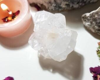 Apophyllite cluster with Stilbite - Apophyllite - Stilbite - Rare crystals