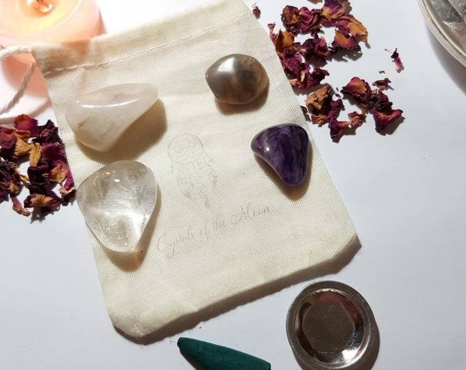 Crystals for Pregnancy - Crystal pouch - Crystal set - Reiki Infused Crystals