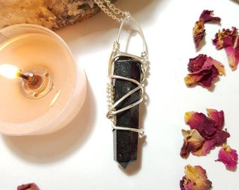 Nuummite necklace - Nuummite - Crystal necklace - Sorcerers Stone - Earth stone