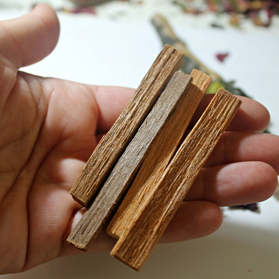 2 Sandalwood Incense sticks