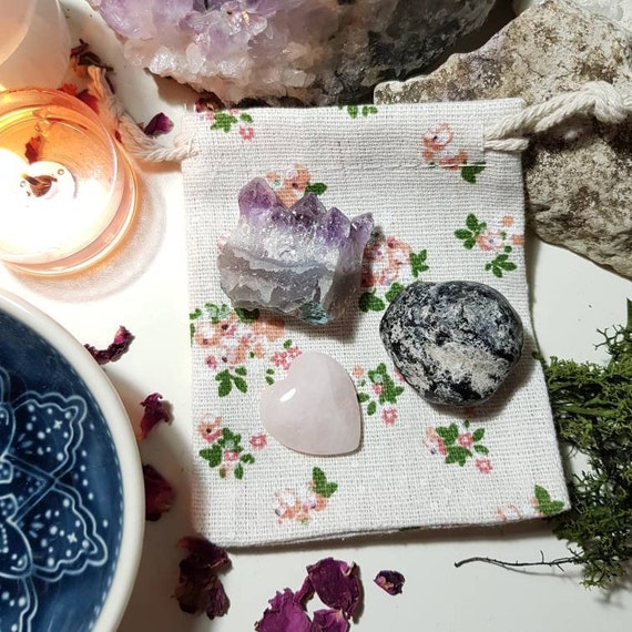 Crystals to help ease grief
