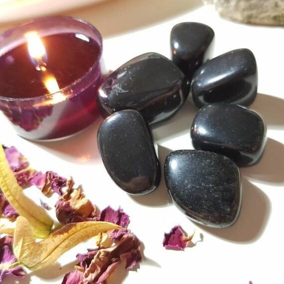Obsidian tumble stone