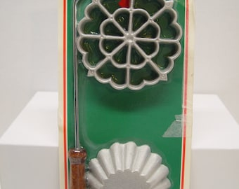 NOS Vintage Rosette Maker, New in Package, Includes Recipe
