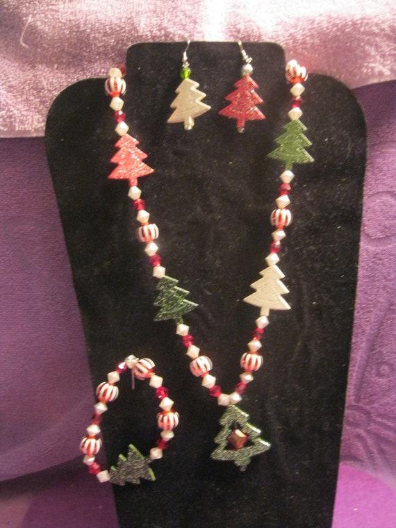 Necklace Bracelet /& Pierced Earrings