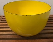 Arabia Finel Vintage Enamel Bowl - YELLOW - 1970s