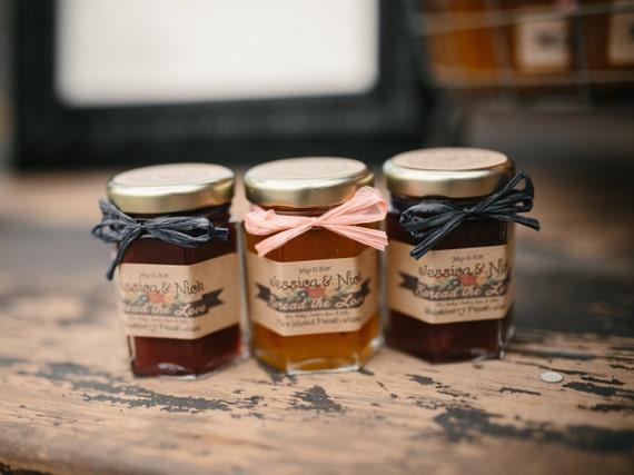 mini moonshine wedding favors - 570×427