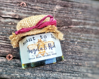 125 (1.5oz) Rustic Honey Wedding Favors, Fall Wedding Favors, Edible Bridal Shower Favors, Meant to Bee Favors, Pooh Themed Baby Shower