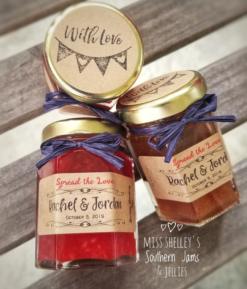 35 Jam Favors with Mini Spreaders