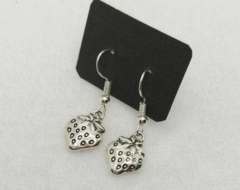 Strawberry Charm Earrings - Sweet - Cottagecore - Fae