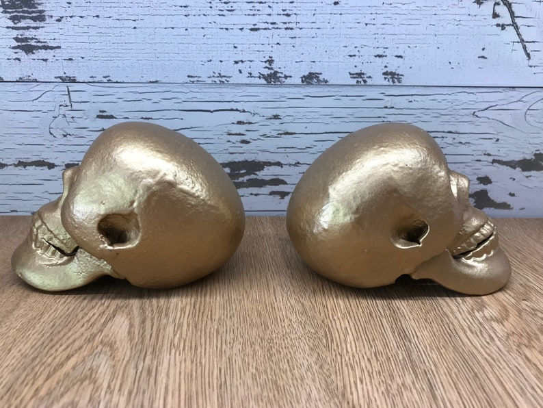 Gold Skull Bookends ~ Heavy Cast Iron Unique Gold Book Ends ~ 2 Modern Goth  Style Retro Halloween or Hollywood Regency Pop Art