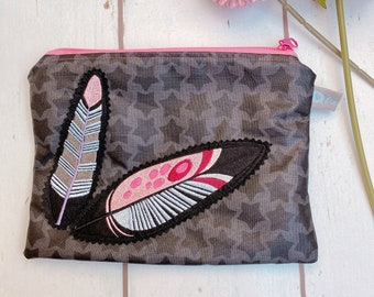 """Bag """"Feder Feather"""" with embroidered feather applique culture bag"""