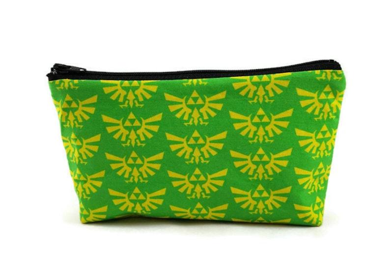 Zelda Triforce Zipper Pouch Video Game Makeup Bag Tampon  45bec2050177b
