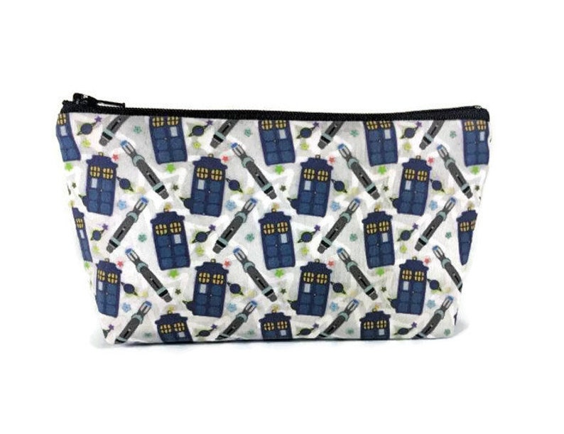 28246b125c25 Tardis Zipper Pouch, Doctor Who Makeup Bag, Tampon Case, Toiletry Bag,  Cosmetic Bag, Sonic Screwdriver, Zipper Pouch, Makeup Pouch