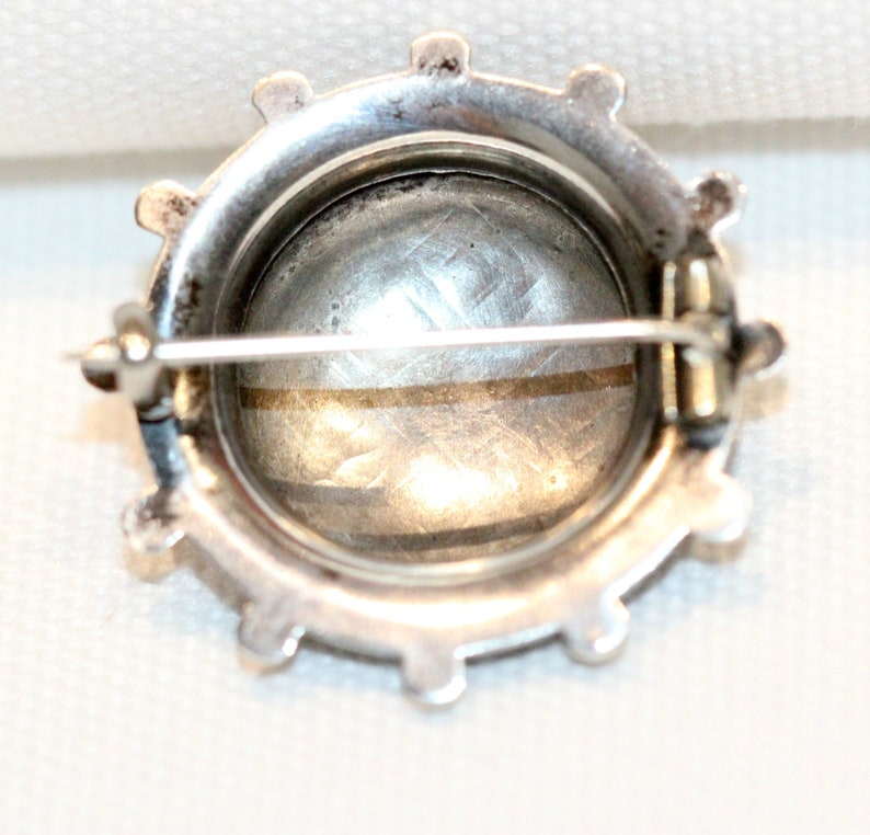 Antique Victorian Silver Round Aesthetic Brooch C:1890/'s