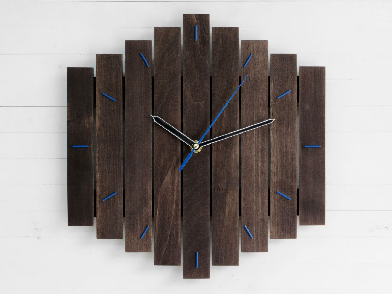 Fashion style Wall contemporary clock for lady