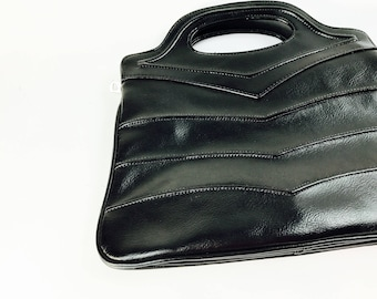 Cute handbag from the 70s, tote bag, black, wave pattern