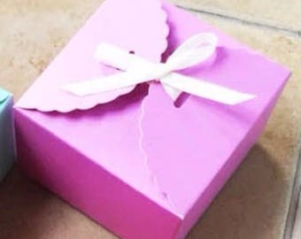 50x Purple Paper Boxes   Bomboniere Favour Box   Wedding & Party Gift Christmas Box for Chocolate Bakery Cookie Candy 9x9x5cm