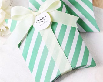 50x White Mint Stripe Pillow Paper Boxes with Ribbon   Bomboniere Favour Box   Wedding Baby Shower Party Christmas Gift Box Chocolate Cookie