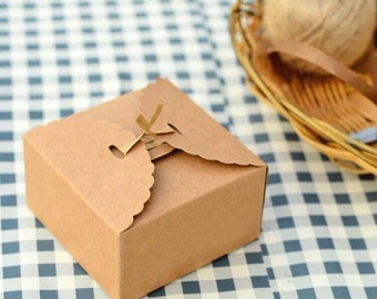 25x Natural Kraft Paper Boxes | Bomboniere Favour Box | Wedding & Party Christmas Gift Box for Chocolate Bakery Cookies Candy 9x9x6cm