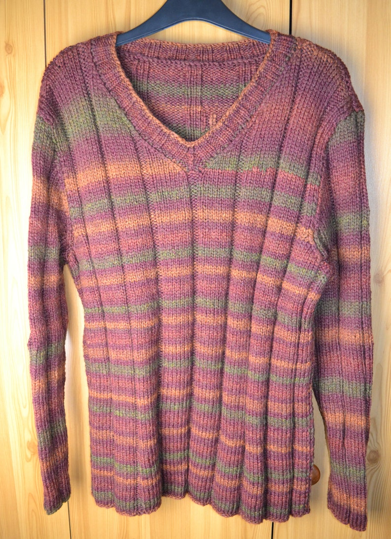 2f0bfc734dfce4 Hand Knitted Men s V-Neck Sweater Size XL Patons Colour