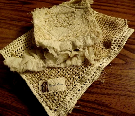 Shabby Chic Farmhouse Decor French Country Table runner and 4 Cup Mats Ready to Ship