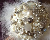 Ivory button bouquet, Gli...
