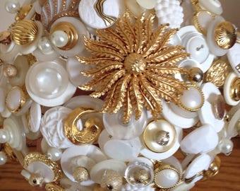 Golden Daisy Button Bouquet