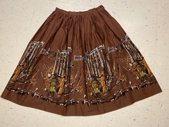 1950's Scenic Border Print Fabric Skirt Ancient Gr