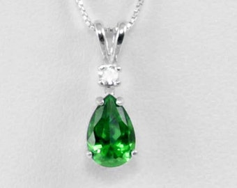 Emerald Necklace Silver / Sterling Silver Emerald Necklace / May Birthstone