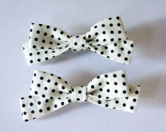 hair bows for girls,pinwheel bows,ivory and black dots,cotton fabric,pigtails hair bows set of two