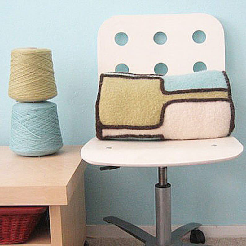 Stainglass Bolster Knitting Pattern image 0