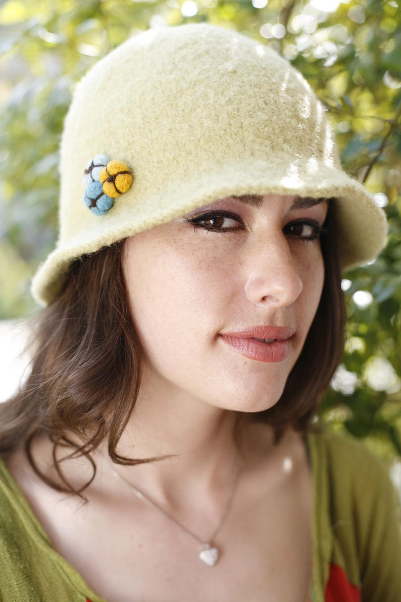 Bell Hat Pattern Instructions for Hand Knitters image 0