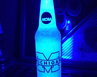 Led NCAA Michigan Wolverines College Bottle Light Led Football 12 .OZ Beer Lager Ale Pub Bar Pool Neon Lamp Man Cave Sign Steady or Flashing