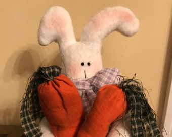 Primitive Easter Bunny Holding Carrots in arms, Easter Bunny Decoration