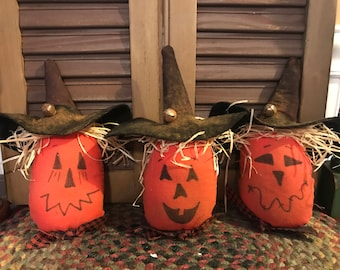 Primitive Halloween Scarecrow Pumpkins, Set of 3 Tucks, Ornie, Bowl FIllers, Pokes, Handmade