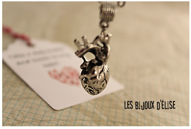 CO16 Anatomical Heart Charm Necklace Heart Pendant Antique Silver