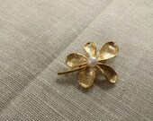 Collectible Jewelry Brass Flower or Round Floral Brooch Faux Pearl or Pin Fashion Accessory Costume Jewelry