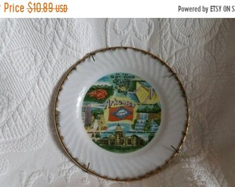 On Sale Vintage Lugenes of Japan Idaho 8 inch Collectible Souvenir Plate Home Decor