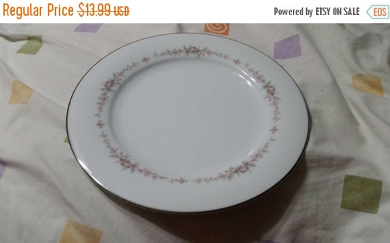 On Sale Noritake Rosepoint 10.5 inch DinnerChop Plate Fine China Made in Japan Replacement Dish with Platinum Rim
