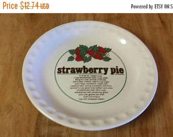 On Sale Collectible Ceramic Strawberry Pie 10 inch Serving Pan Collectible Dish 1980s Vintage Kitchen