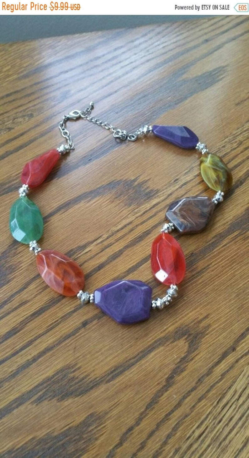 Fashion Acces Brown 19 inch Costume Jewelry,Orange Green and Purple Colors On Sale Inexpensive Plastic and Silver Toned  Beaded Necklace