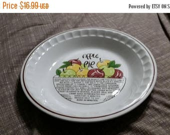 On Sale Made in Korea Apple Pie 10.5 inch Pie Plate by Hankook Baking Dish Kitchen Decor