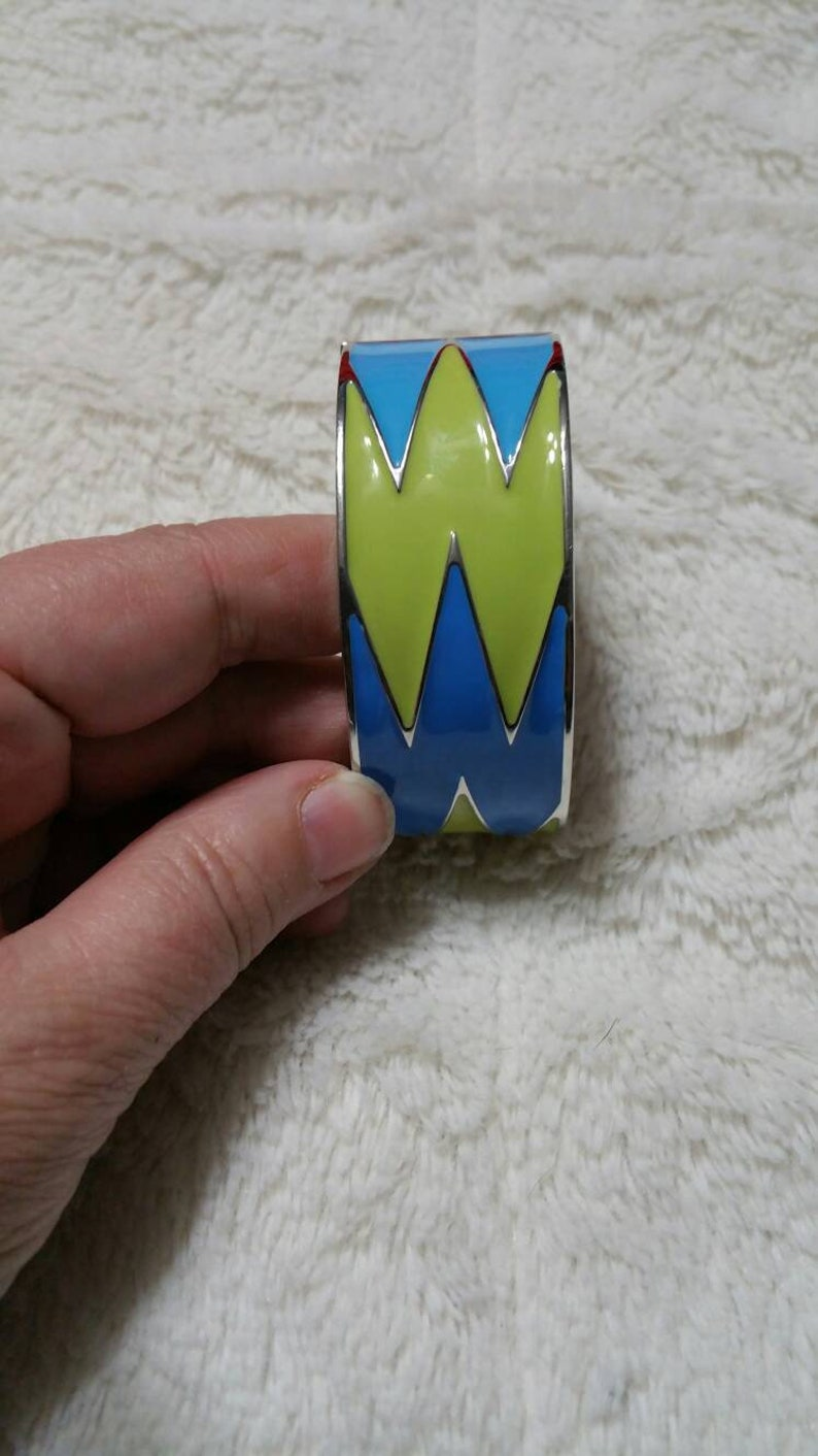 On Sale Modern Enamel Baby Blue and Green Chevron Pattern Silver Toned Spring Loaded or Clamper  Bangle Bracelet Costume Jewelry