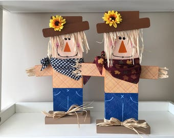 Scarecrow //Fall Decor