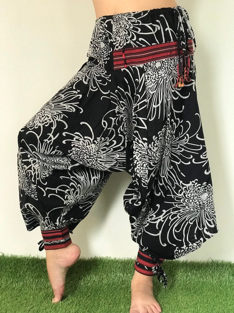 BT0026 Thai Hill Tribe Fabric Women/'s Harem Pants with Ankle Straps
