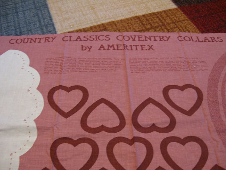 Country Classics Coventry Collars By Ameritex Foral Collar With Dangling Hearts And Solid Collar With Floral Heart Embellishments