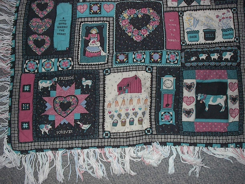 Vintage Handmade Throw A Small Town Is Like A Big Family Half Price Sale Was 15.00 Now 7.50