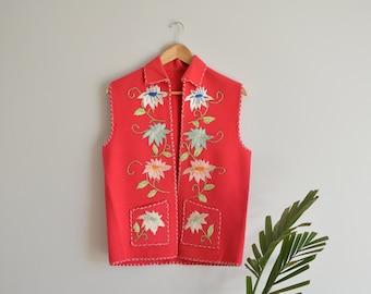 SALE Vintage Hand Embroidered Pink Felt Floral Vest   Medium   1980's