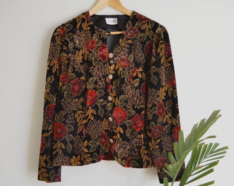 SALE Vintage Women's Ornate Floral Velvet Blazer   Medium-Large   1980's