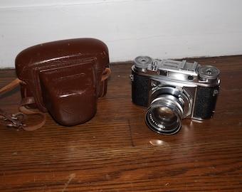 Voigtlander Prominent Vintage Rangefinder Synchro Compur Shutter Camera w/Nokton 50mm f/1.5 & Leather Case